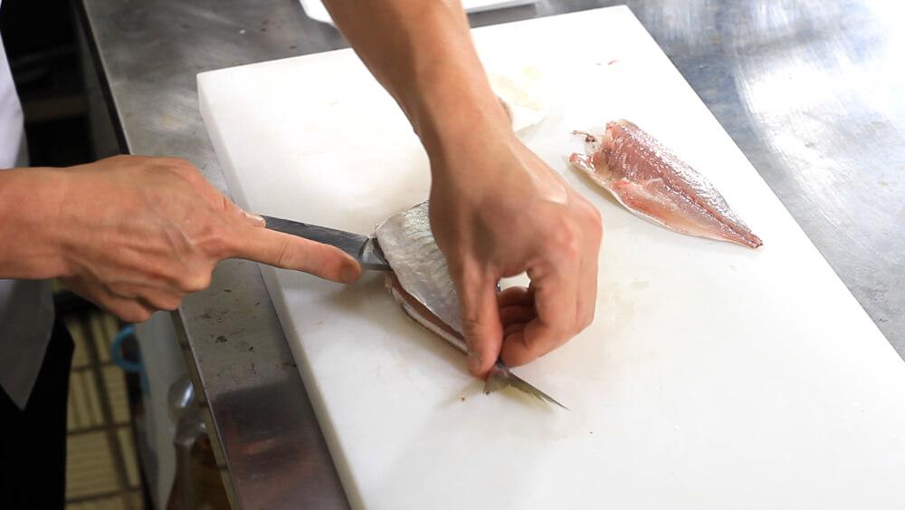 魚さばき講座〜真あじ3枚おろし〜 多治見市ながせ商店街ヒラクビル